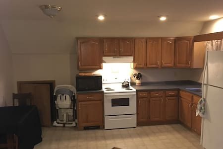 2-bdrm aptmt in the heart of PA's Northern Tier! - コビントン - アパート