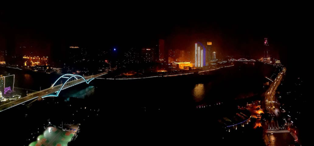 随喜·Room2 Play 万达广场/东方红广场/超大ins海洋球池/无敌河景房/私家影院