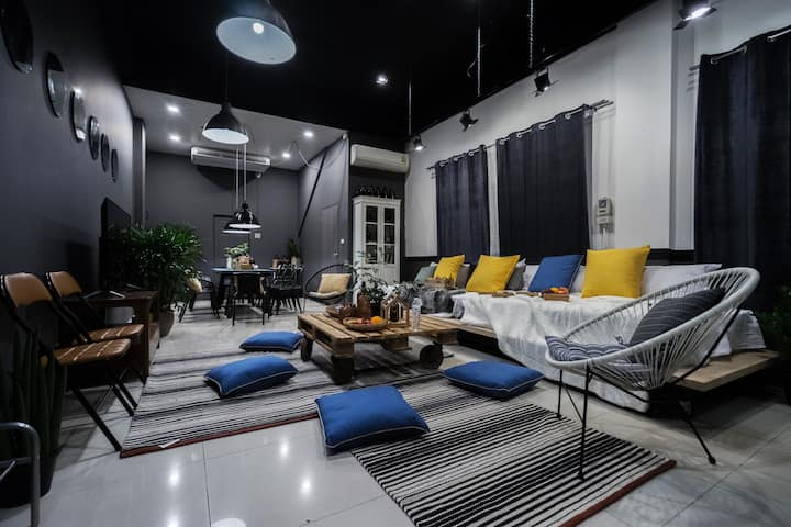 3BR Stylish City House in middle of Nimman   中文