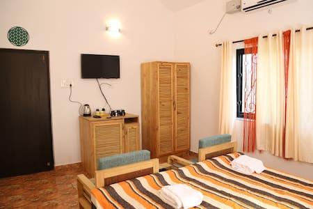 Baywalk Goa  [ 6 rooms ] - Morjim