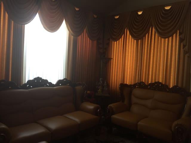 Room in Union City - Union City - Ház