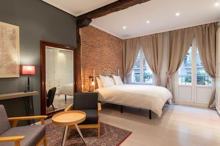 Bilbao Design & Elegance- EBI 00579