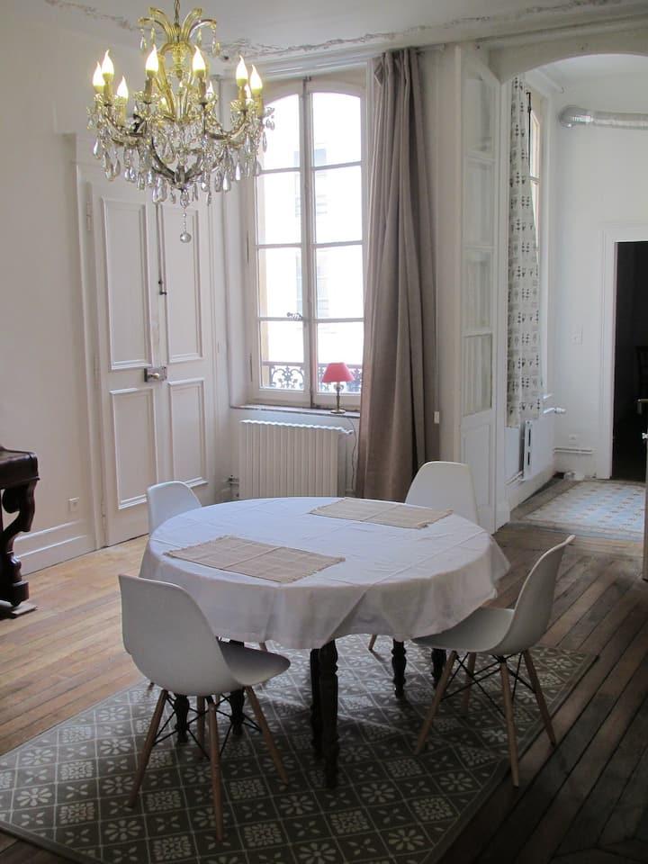 Appartement 120m2 18ème siècle Metz centre