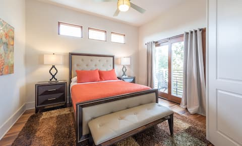 Apt D -Modern Elegance in the Heart of Winter Park