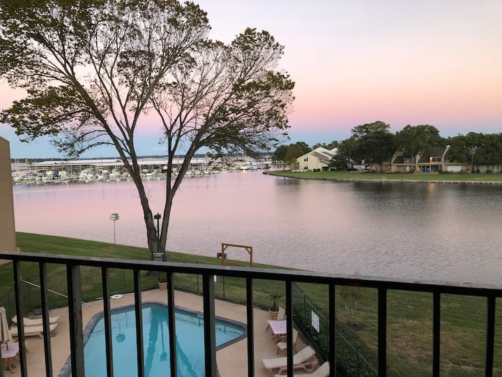 The Mother Lodge on Lake Conroe