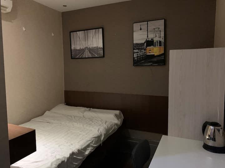 奧思旅館 Oasis Apartments (01) - 標準大床房Double Bed Room