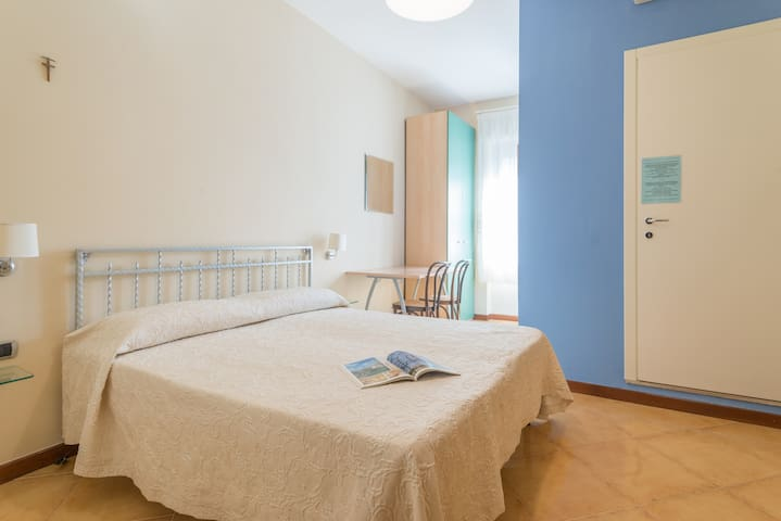 Il Sole B&B - Portici - Bed & Breakfast
