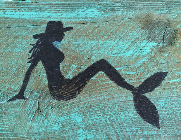 Second precious Rockport Store that carries my mermaid prints:   Mermaid Ranch 502 S. Austin St.     Rockport, Texas