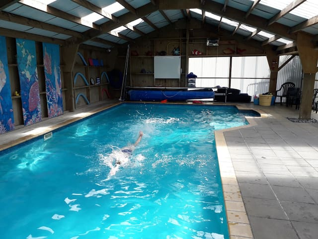 Pool available 7-9pm