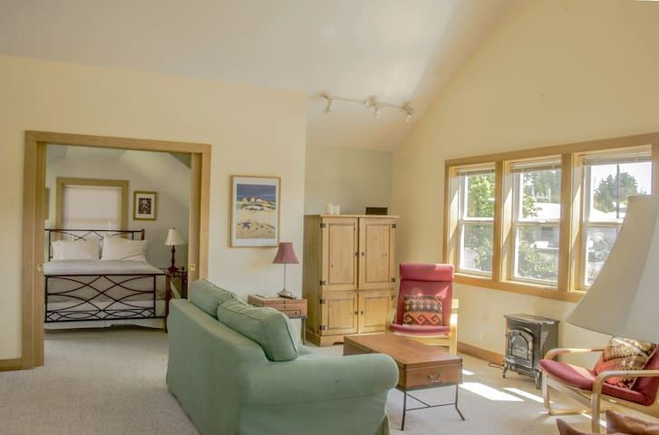 Courtyard Suites 1 Bedroom Suite - Friday Harbor - Apartamento