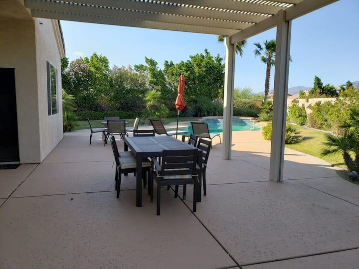 Paradise 2200 sqft home, 3miles from downtown PS