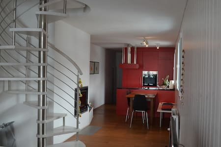 Bright apartment, private sauna free parking place - Apartment