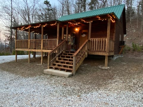 Wilderness Resort Cabin at Bluff Point
