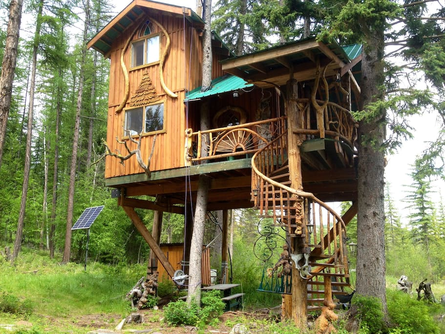 Welcome to our Unique Treehouse Treehouses for Rent in