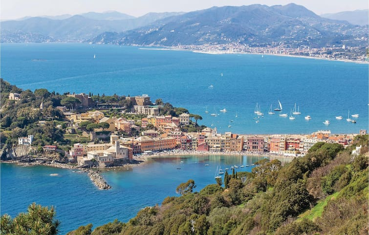 Holiday apartment with 1 bedroom on 45m² in Casarza Ligure (GE)