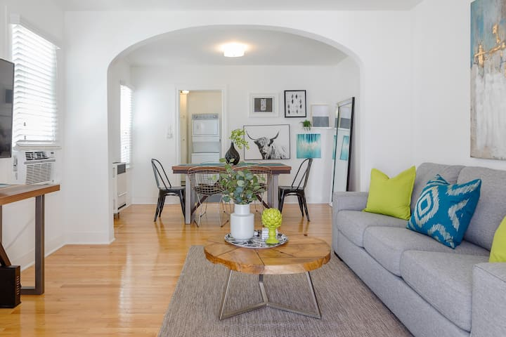 Sunny Echo Park 2bd | Private Patio | Washer/Dryer