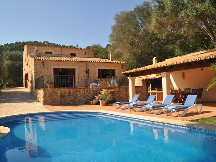 Can Petit, Country house in Petra, Mallorca