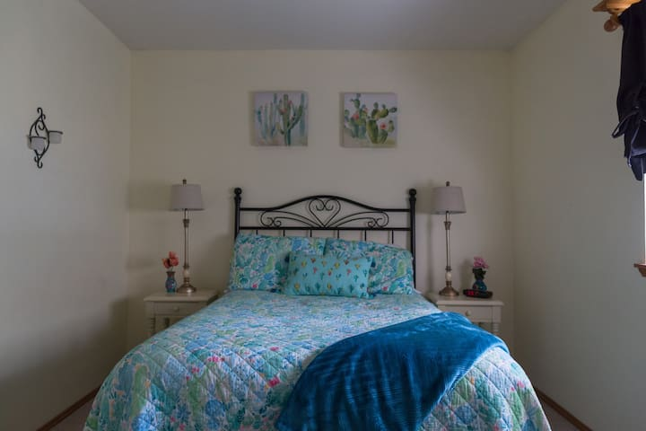 ENTIRE PRIVATE GUEST SUITE! In beautiful MALTBY!