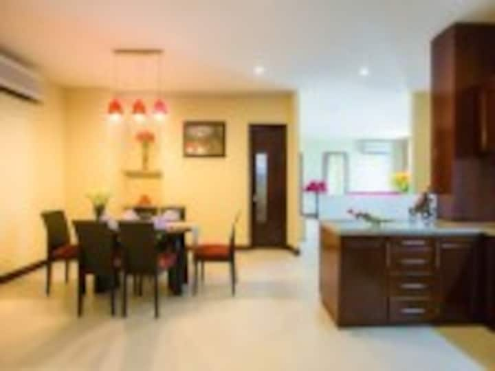 3 Bedrooms apt in Danang center