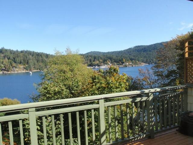 Private Oceanside on the Harbour - Salt Spring Island - Apartment