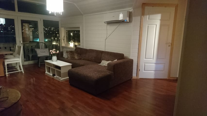Comfy apartment in the middle of Sogndalsfjøra - Sogndal - Apartament