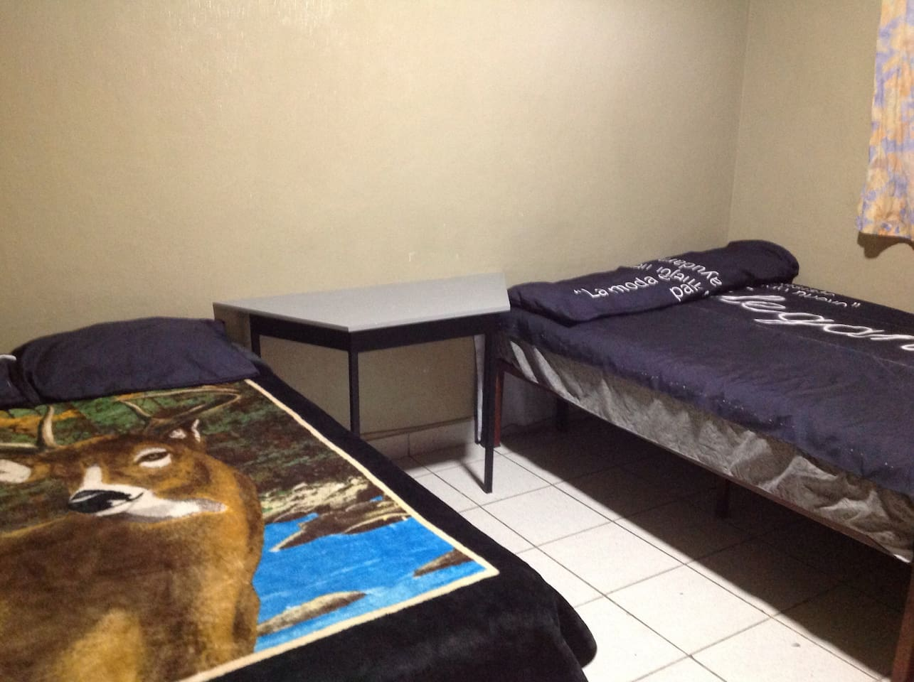 Two double beds, full bathroom, cable tv, wi-fi, fan and desktop.