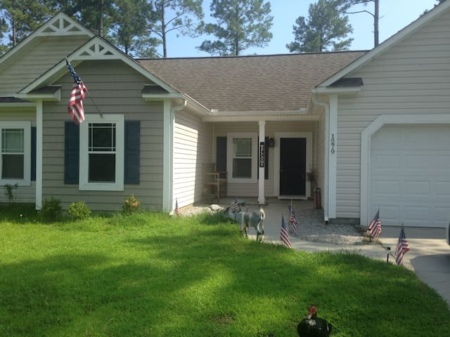 Blue Room - Master Bedroom w/ Private Bath - Jacksonville - Casa