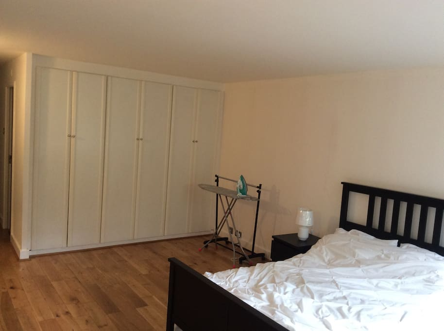 King size Double bedroom,extra mattress ,dressing table with drawer , 2side drawer with lampshade  ,3large side wardrobe