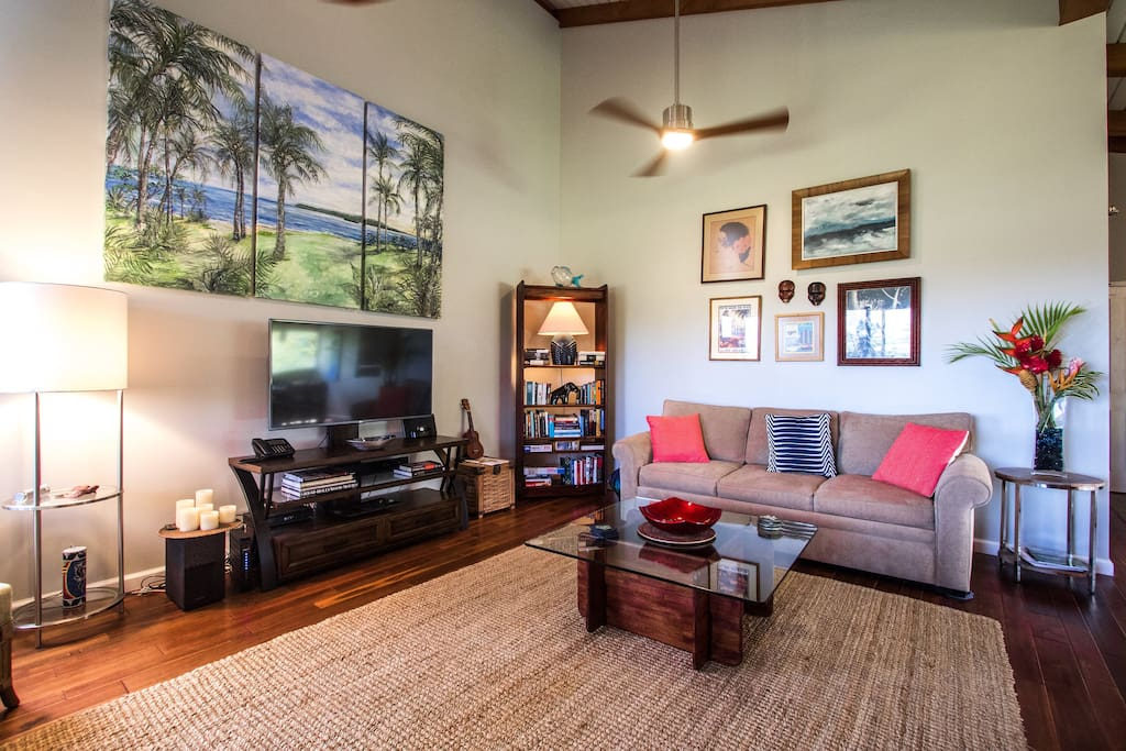 Cable TV (3) and WiFi Internet Included, Air Conditioning throughout