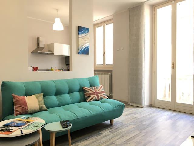 A sei minuti dalla stazione app. super fornito - Biella - Apartament