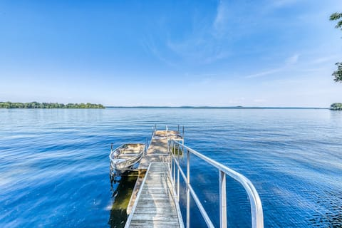 Lakefront, outdoor lover's delight w/ private dock & firepit