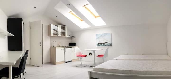 ☆Studio☆ Apartment in Koper for 2