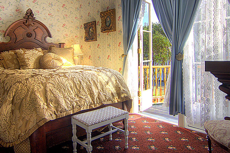 Hideaway Suite sleeps 4
