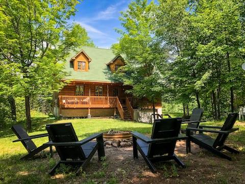 The Heartwood Lodge: A Private Lakeside Retreat
