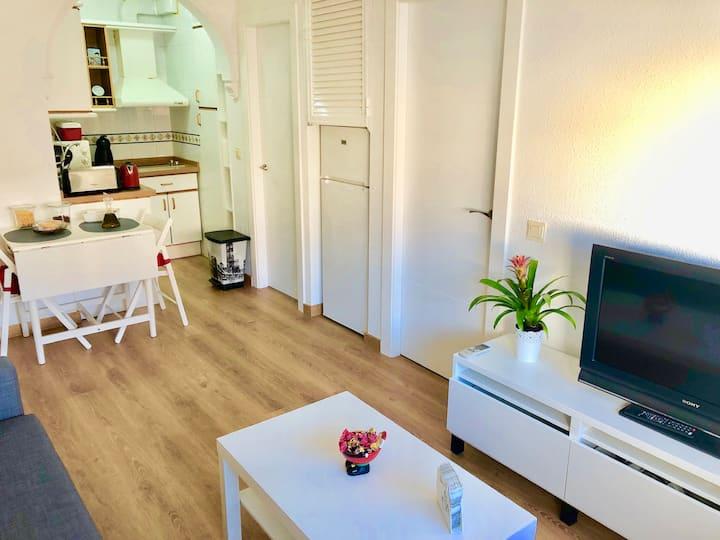 Céntrico Apartamento con Parking y Desayuno Gratis