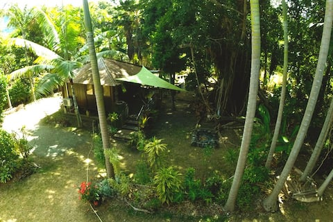 Balinese Bungalow 50m from the beach