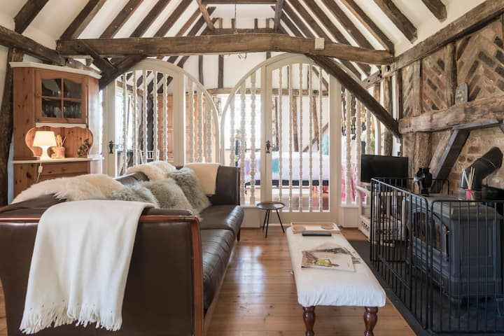 Tudor Barn conversion