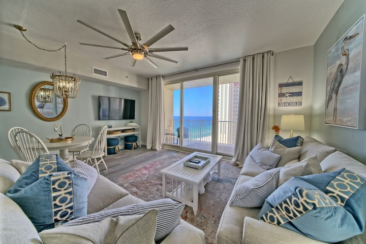 Shores of Panama 1325~Sleeps 6~Ocean Front~ Amazing Sunset Views