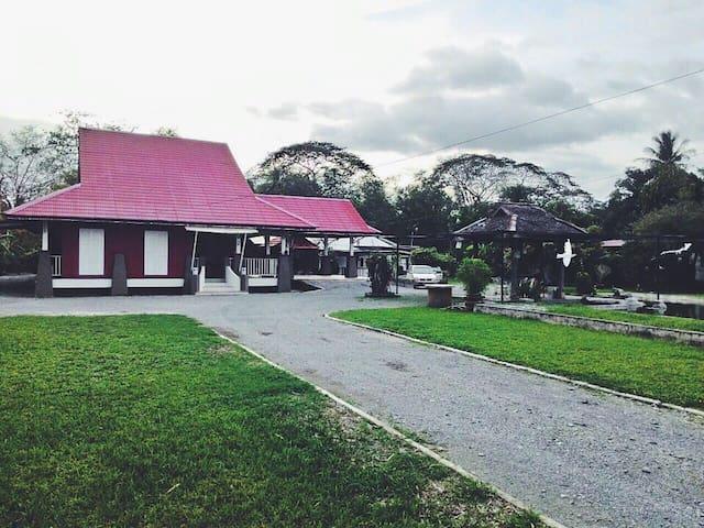 Lamanda Homestay & Event Venue - Kangar - Σπίτι