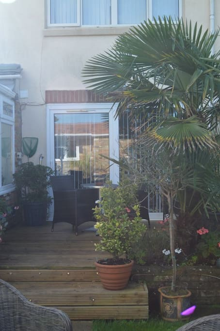 Patio area for garden suite