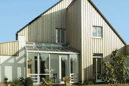 Ruhige Doppelhaushälfte mit Garten - Kalkar - Daire
