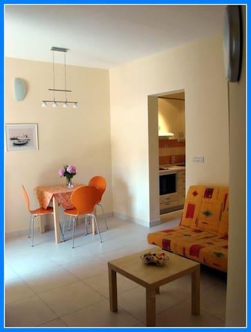 APARTMAN IVKA - Rogač - Apartmen