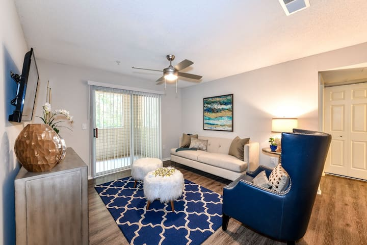 Stay as long as you want   2BR in Woodstock