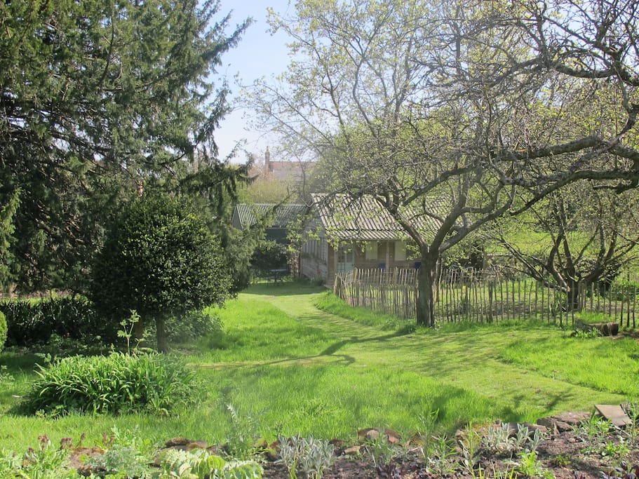 The Flowerbed Shed  in early May, from the top lawn.