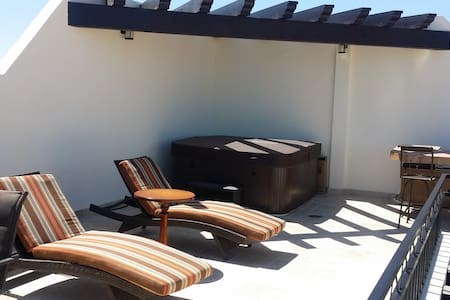 New! Luxury Ocean View Penthouse - Best Cabo value - Cabo San Lucas - Wohnung