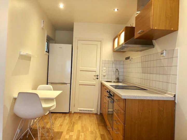 Practical city apartment close to the canal