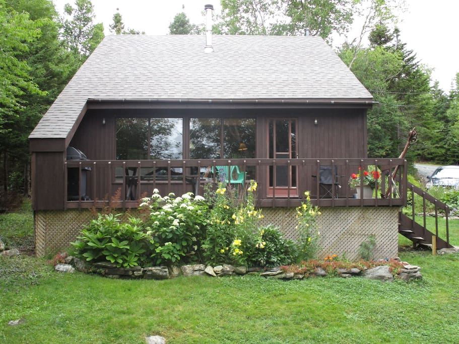 2 bdrm all pine chalet on lake cabins for rent in tors for Cabins in newfoundland