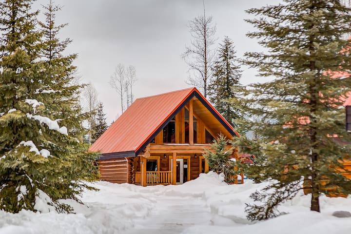 ☼Getaway Cabin Ideal For Groups Exploring Rockies☼