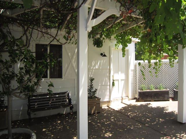 Marlow House Garden Studio