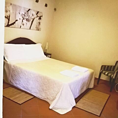 Appartamento con tanti servizi - Castelnuovo dei Sabbioni - Apartment